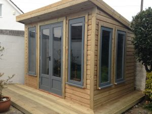 Summer_house_with_decking_surround