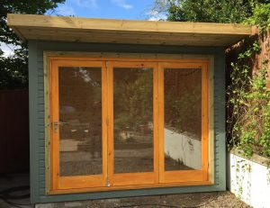 Garden_office_with_tri-fold_fully_glazed_doors